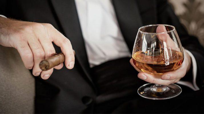 xì gà và rượu